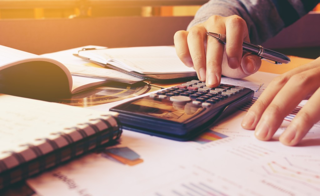 Calculating debt